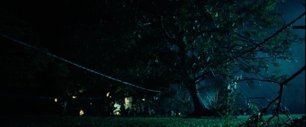 lotr1-movie-screencaps.com-8147-treefall